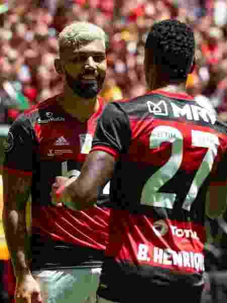 Gabigol e Bruno Henrique comemoram gol do Flamengo na Supercopa do Brasil - Alexandre Vidal/Flamengo