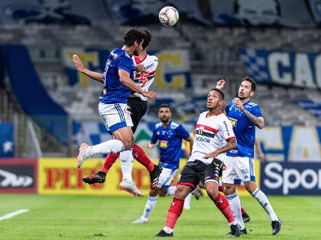 Cruzeiro Toma Susto Mas Vence O Botafogo Sp Em Estreia Da Serie B 2020
