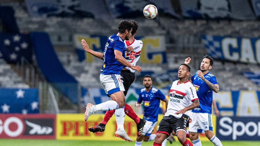 Lance de jogo entre Cruzeiro e Botafogo-SP, pela primeira rodada da Série B do Campeonato Brasileiro 2020 - Gustavo Aleixo/Cruzeiro