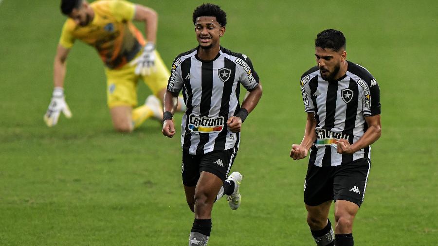Diego Borges marcou o seu primeiro gol com a camisa do Botafogo - Thiago Ribeiro/AGIF