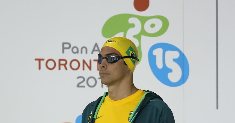 Kaio Márcio se prepara para nadar as eliminatórias dos 200 m borboleta. Mesmo se poupando, ele se classificou para a final da prova