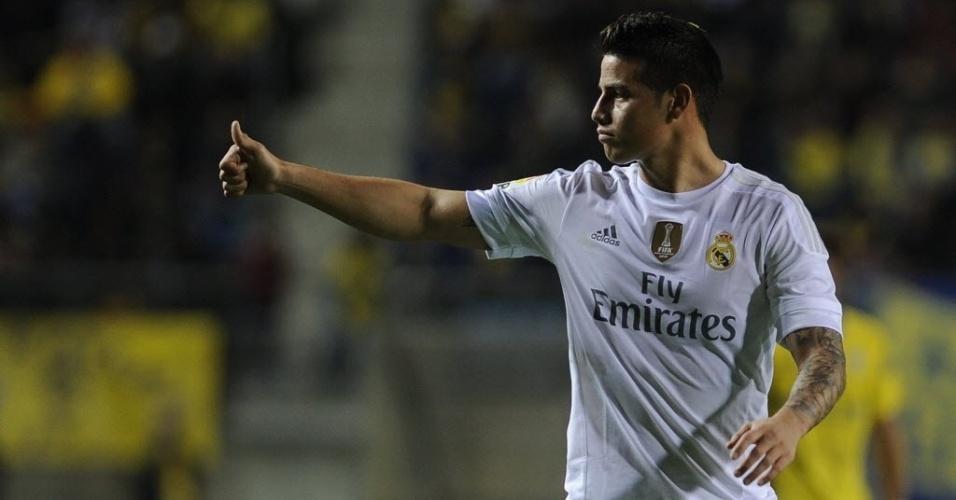 James Rodríguez, que, segundo a imprensa espanhola, tem briga com o treinador Rafa Benítez, é a maior estrela do time reserva do Real, que enfrenta o Cádiz