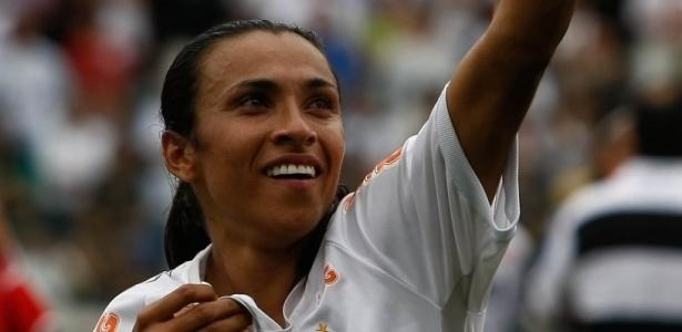 Marta demonstra desejo de voltar ao Santos