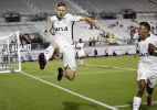 Com situação de Marlone acertada, Atlético-MG procura por zagueiro - Gregg Newton/AFP