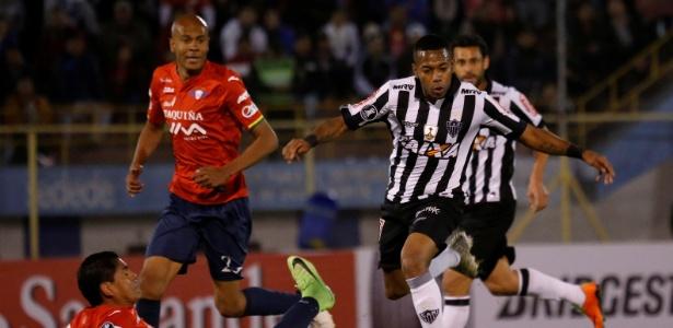 Zagueiro Alex Silva se tornou um dos pilares do Jorge Wilstermann