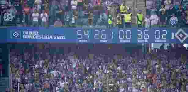 Relógio mostra o tempo do Hamburgo na primeira divisão do Campeonato Alemão - Axel Heimken/AFP Photo - Axel Heimken/AFP Photo