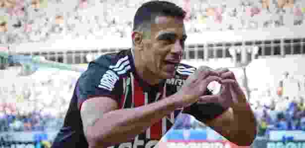 Diego Souza comemora gol marcado pelo São Paulo - Thomás Santos/AGIF