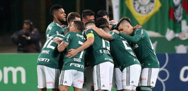Palmeiras vai levantar a taça de campeão brasileiro diante de sua torcida