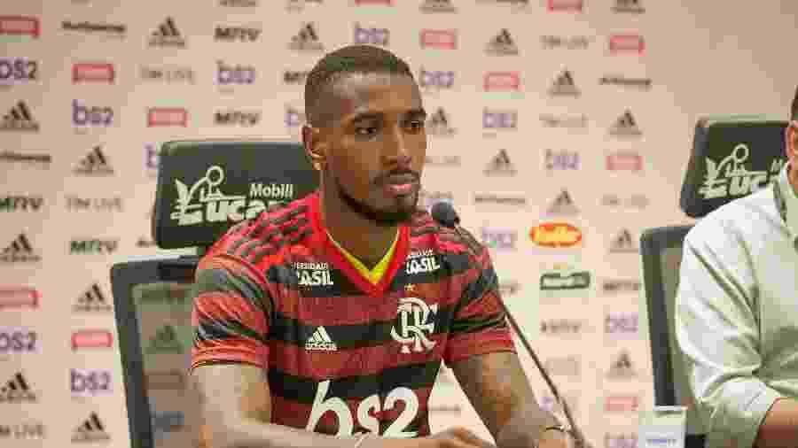 Gerson chega para jogar de volante no Flamengo após ser revelado como meia no Flu - Alexandre Vidal / Flamengo