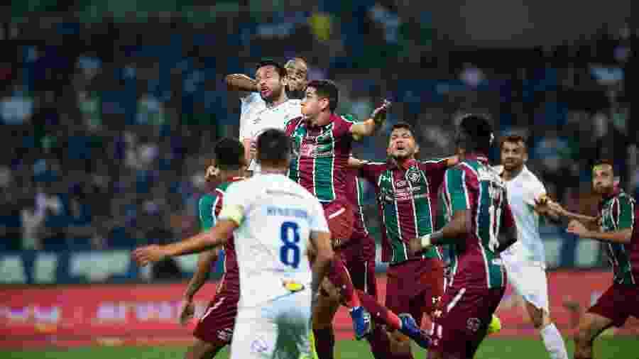 Defesa do Fluminense conseguiu primeira sequência de dois jogos sem ser vazada - Bruno Haddad/Cruzeiro