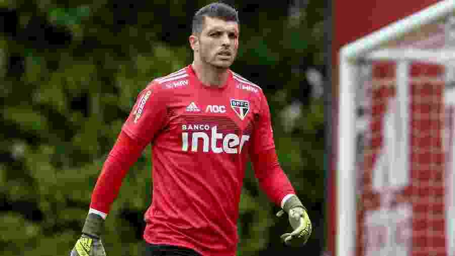 Tiago Volpi chegou ao São Paulo para esta temporada e conseguiu se firmar rapidamente - Marcello Zambrana/AGIF