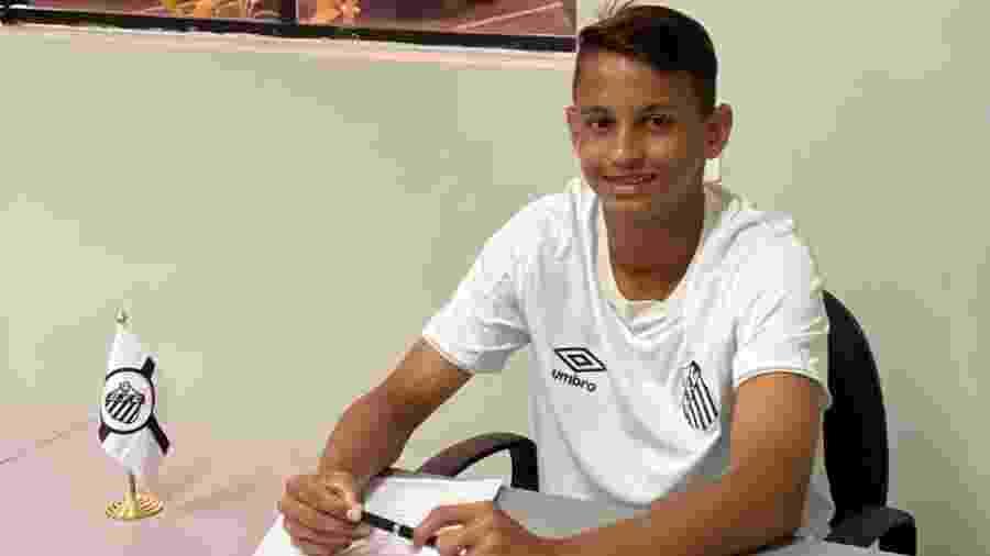 Weslley Patati, nova promessa do sub-17 do Santos - Reprodução