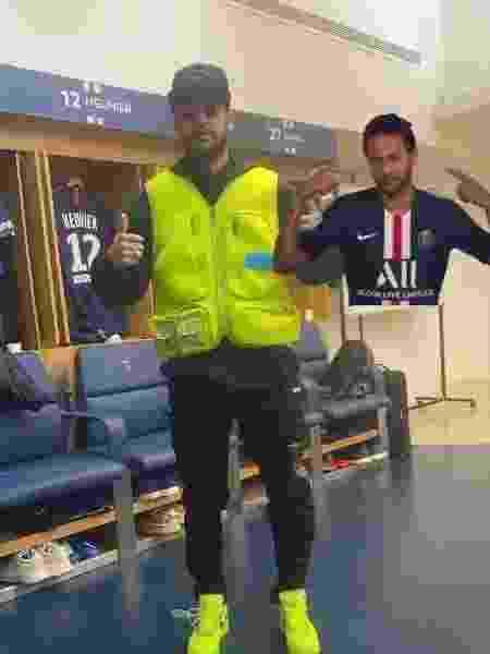 Thiago Silva brinca com roupa de Neymar - Reprodução/Instagram