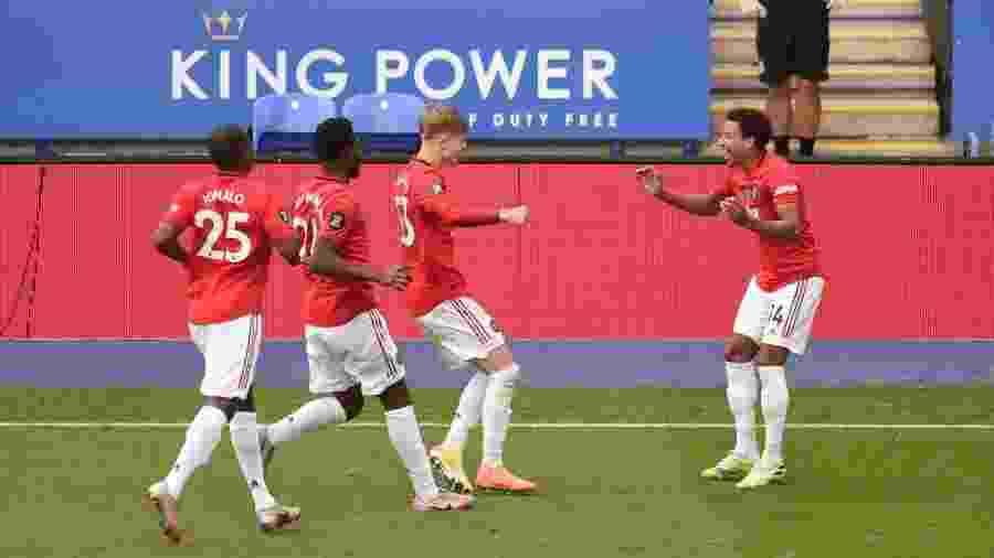 26.jul.2020 - Jesse Lingard comemorando gol do Manchester United sobre o Leicester City - Getty Images