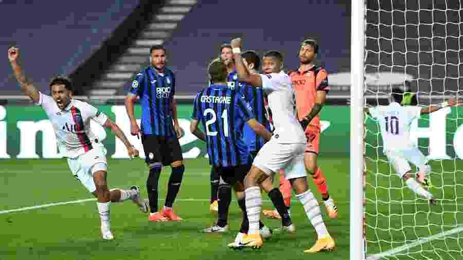 Marquinhos comemora gol marcado pelo PSG contra a Atalanta na Liga dos Campeões - David Ramos/Getty Images
