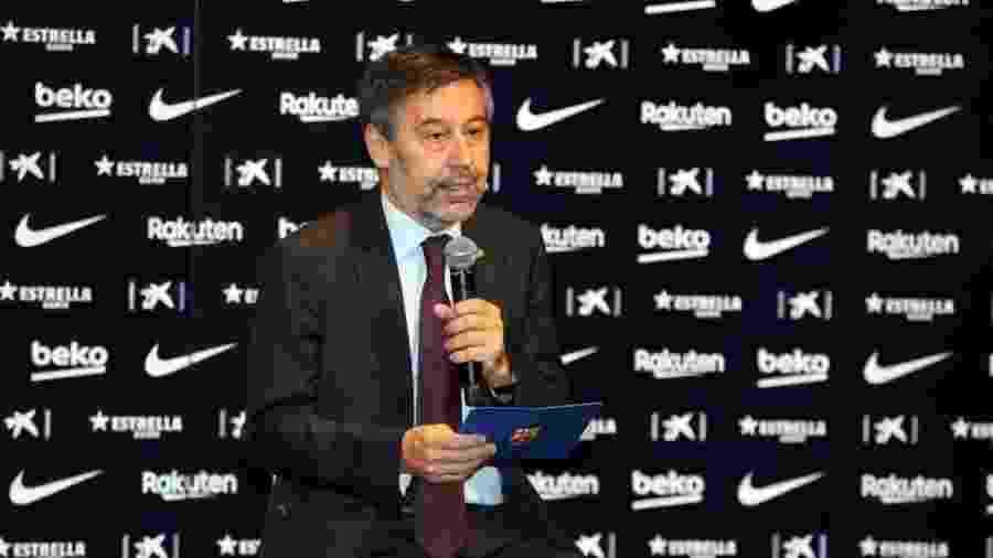 Josep Maria Bartomeu, presidente do Barcelona, quer cortar salários de funcionários do clube - Urbanandsport/NurPhoto via Getty Images