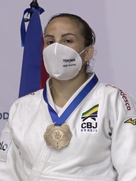 Maria Portela com a medalha de ouro do Pan de Judô - Reprodução