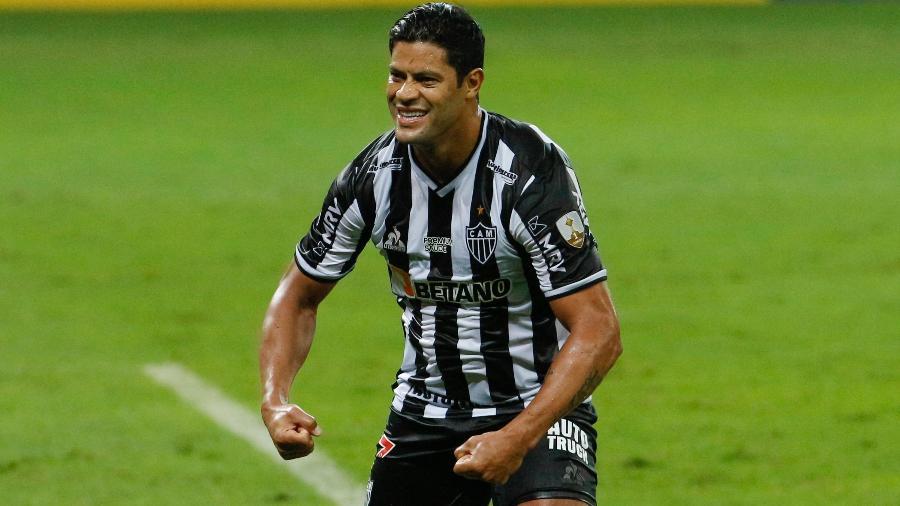 Hulk e sua comemoração característica na goleada do Atlético-MG sobre o Cerro Porteño - VIVIANE MOREIRA/FUTURA PRESS/FUTURA PRESS/ESTADÃO CONTEÚDO