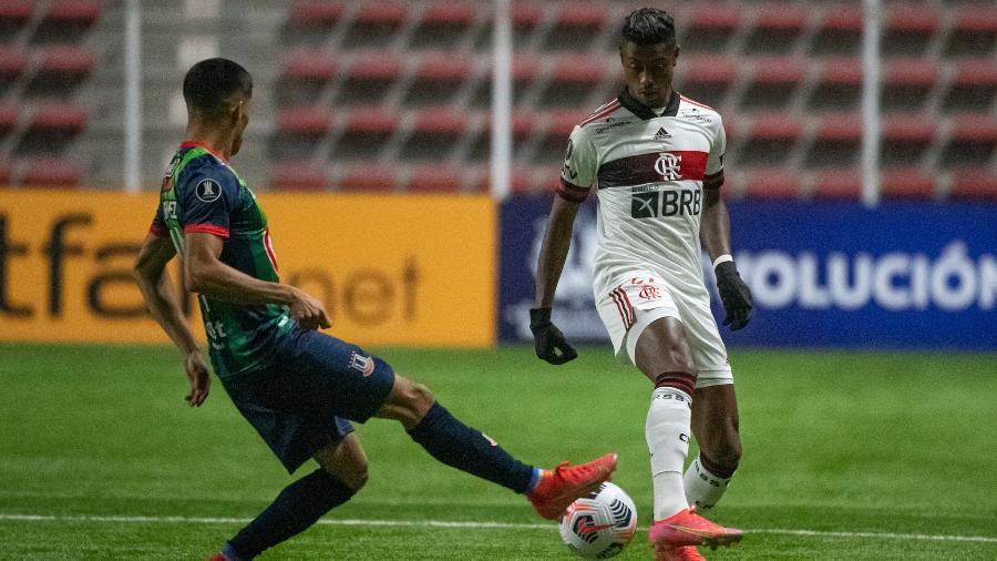 Bruno Henrique, do Flamengo, durante o duelo com o La Calera, do Chile, pela Libertadores - Alexandre Vidal / Flamengo
