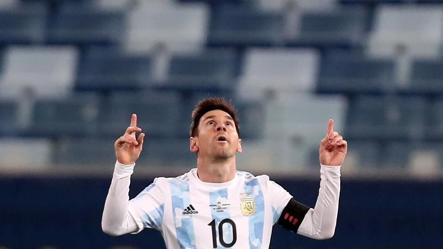 Lionel Messi comemora gol contra a Bolívia em vitória da Argentina pela Copa América - Buda Mendes/Getty Images