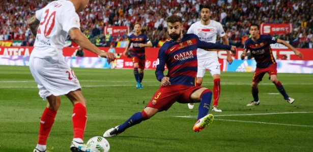 Piqué criticou vaias da torcida do Barcelona