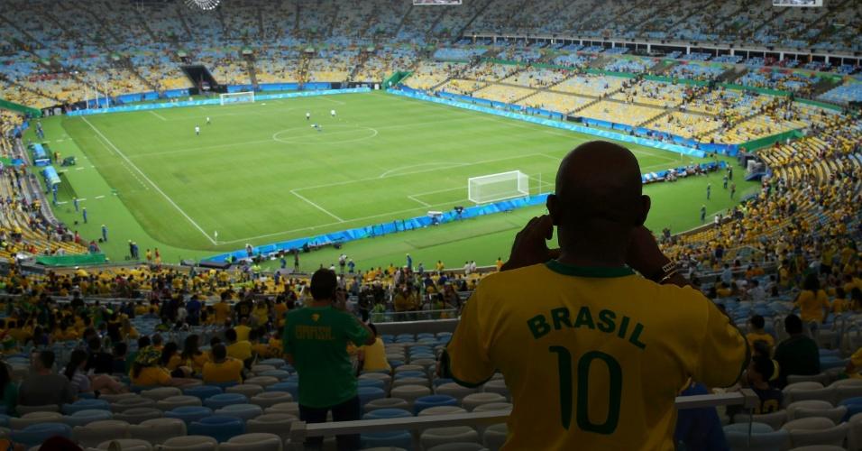 Visão geral do Maracanã antes da grande final entre Brasil e Alemanha