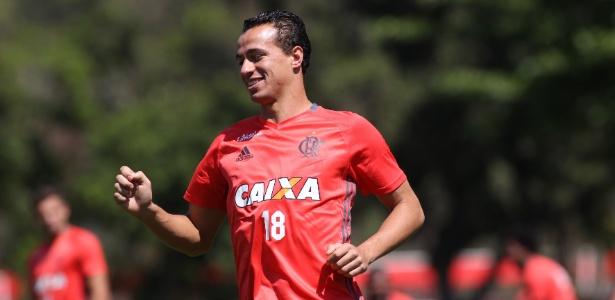 Damião volta a treinar com bola no Flamengo - Gilvan de Souza/Flamengo