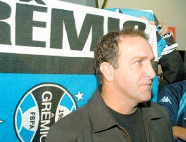 Cuca enquanto técnico do Grêmio na temporada de 2004