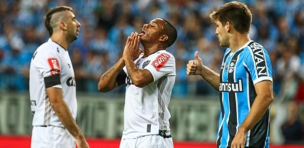 Robinho vai seguir por pelo menos mais uma temporada no Atlético-MG