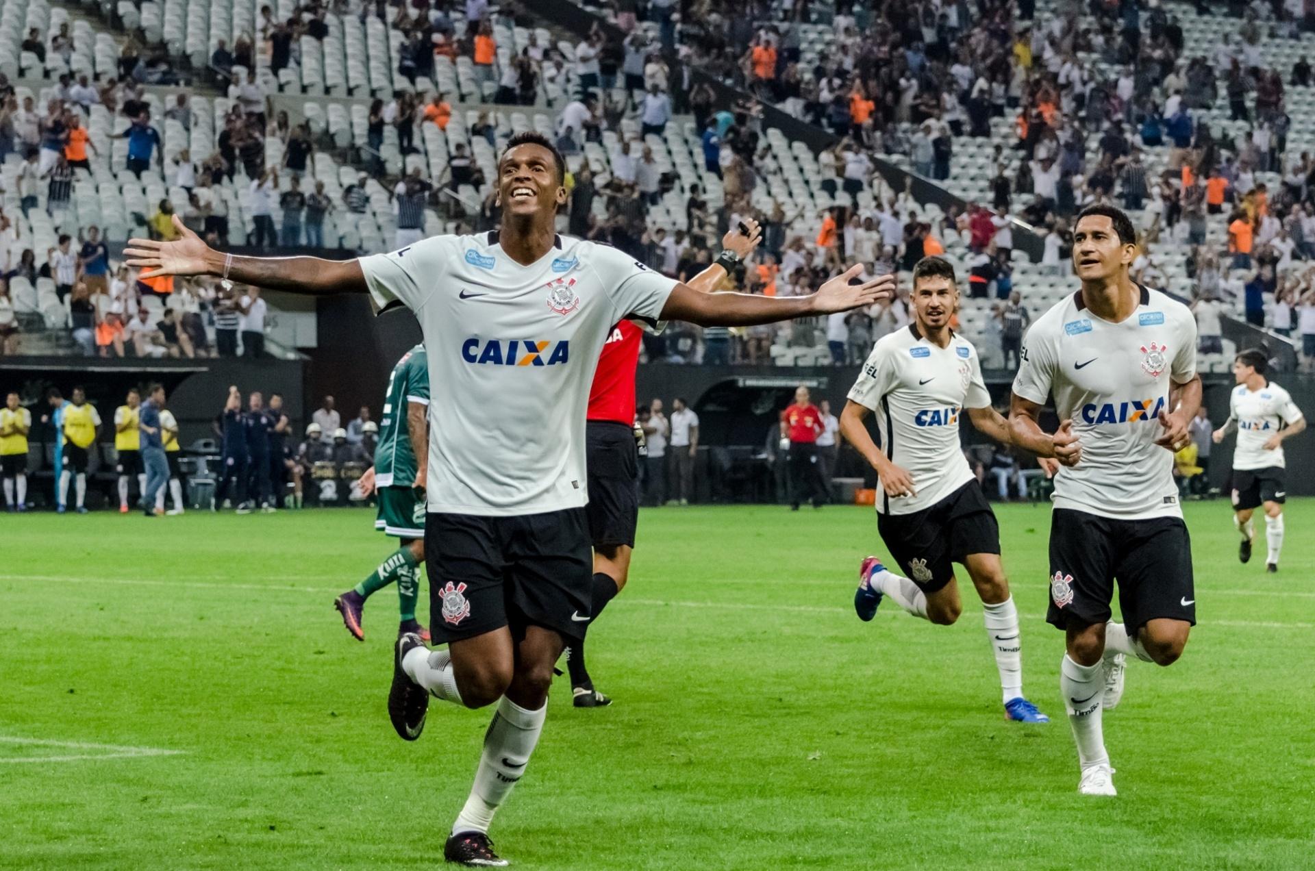 Corinthians só empata com Luverdense 73057325824bb
