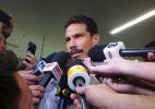 Hernanes chega ao Brasil para reforçar o SP e é recebido com festa