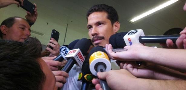 Reforço do São Paulo, Hernanes desembarcou no Brasil nesta sexta - Bruno Grossi/UOL