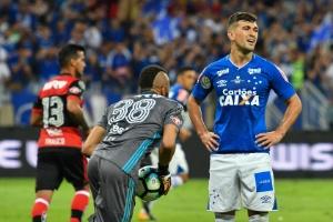 Cruzeiro envia notificação extrajudicial ao Flamengo por aliciar Arrascaeta b3d2ddde0b4e6