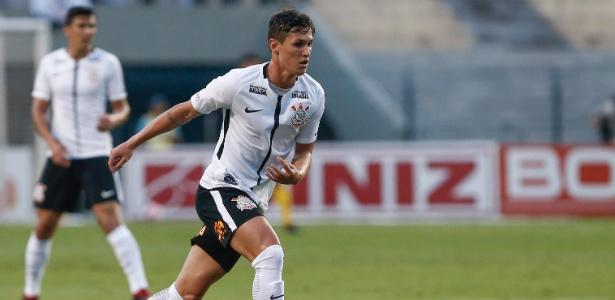 Mateus Vital será titular pela segunda vez com a camisa do Corinthians