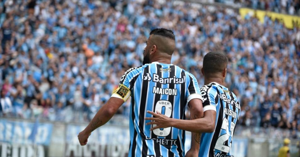 Maicon comemora gol do Grêmio diante do Corinthians pela 38ª rodada do Campeonato Brasileiro 2018