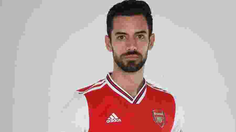 Pablo Marí veste a camisa do Arsenal - Stuart MacFarlane/Arsenal FC via Getty Images