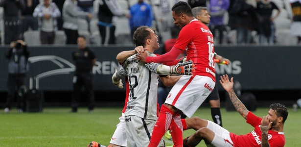 Inter avançou com vitória nos pênaltis na Arena Corinthians