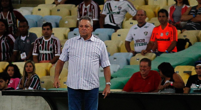 Abel Braga observa partida entre Fluminense e Vasco pelas semifinais do Carioca 2017