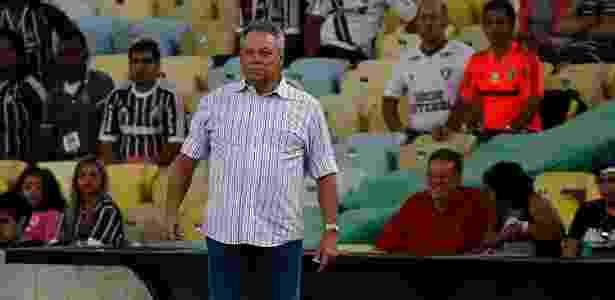 Abel já escalou os 11 titulares que vão ao campo no clássico de domingo - Nelson Perez/Fluminense FC