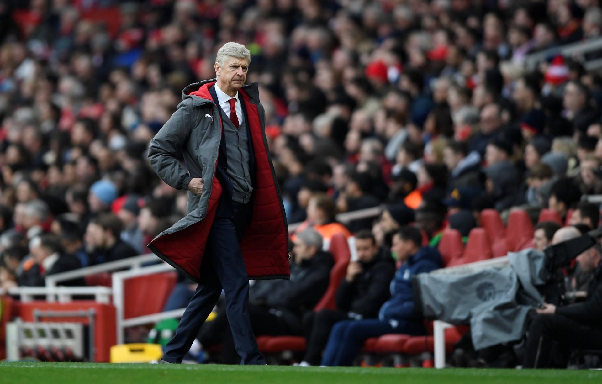 Wenger anuncia saída do Arsenal após 22 anos como técnico - 20 04 2018 -  UOL Esporte b03b2a6268cb7