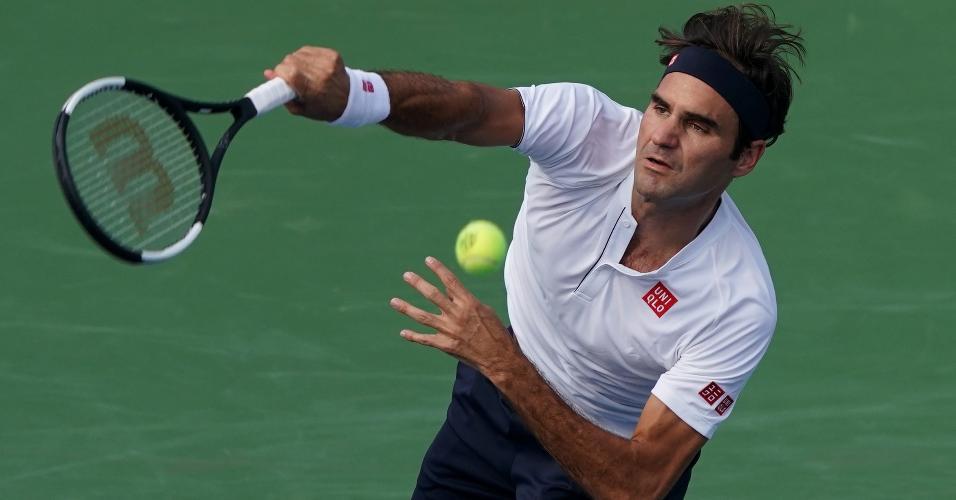 Roger Federer em ação na final do Masters 1000 de Cincinnati