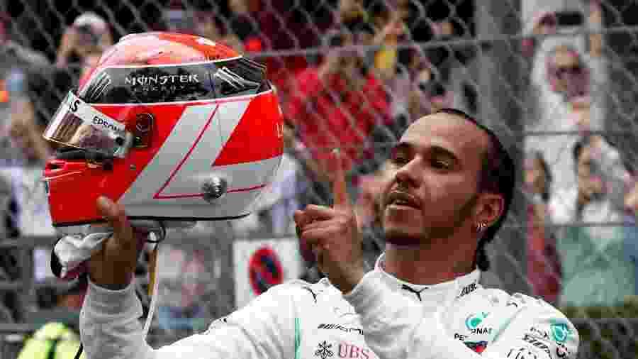 Lewis Hamilton homenageou Niki Lauda após a conquista da vitória no GP de Mônaco hoje de manhã - Benoit Tessier/Reuters