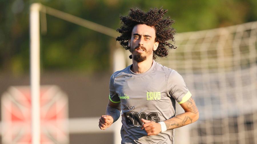 Meia Valdívia passou pelo Vasco, voltou para o Inter e procura novo destino no mercado da bola - Rafael Ribeiro / Vasco