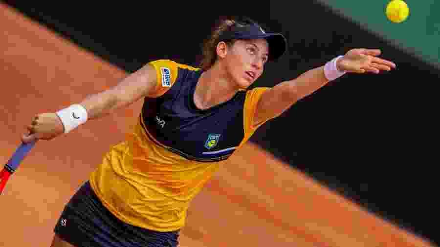 Luisa Stefani no confronto entre Brasil e Alemanha pela Fed Cup 2020, em Florianópolis - Miriam Jeske_Heusi Action