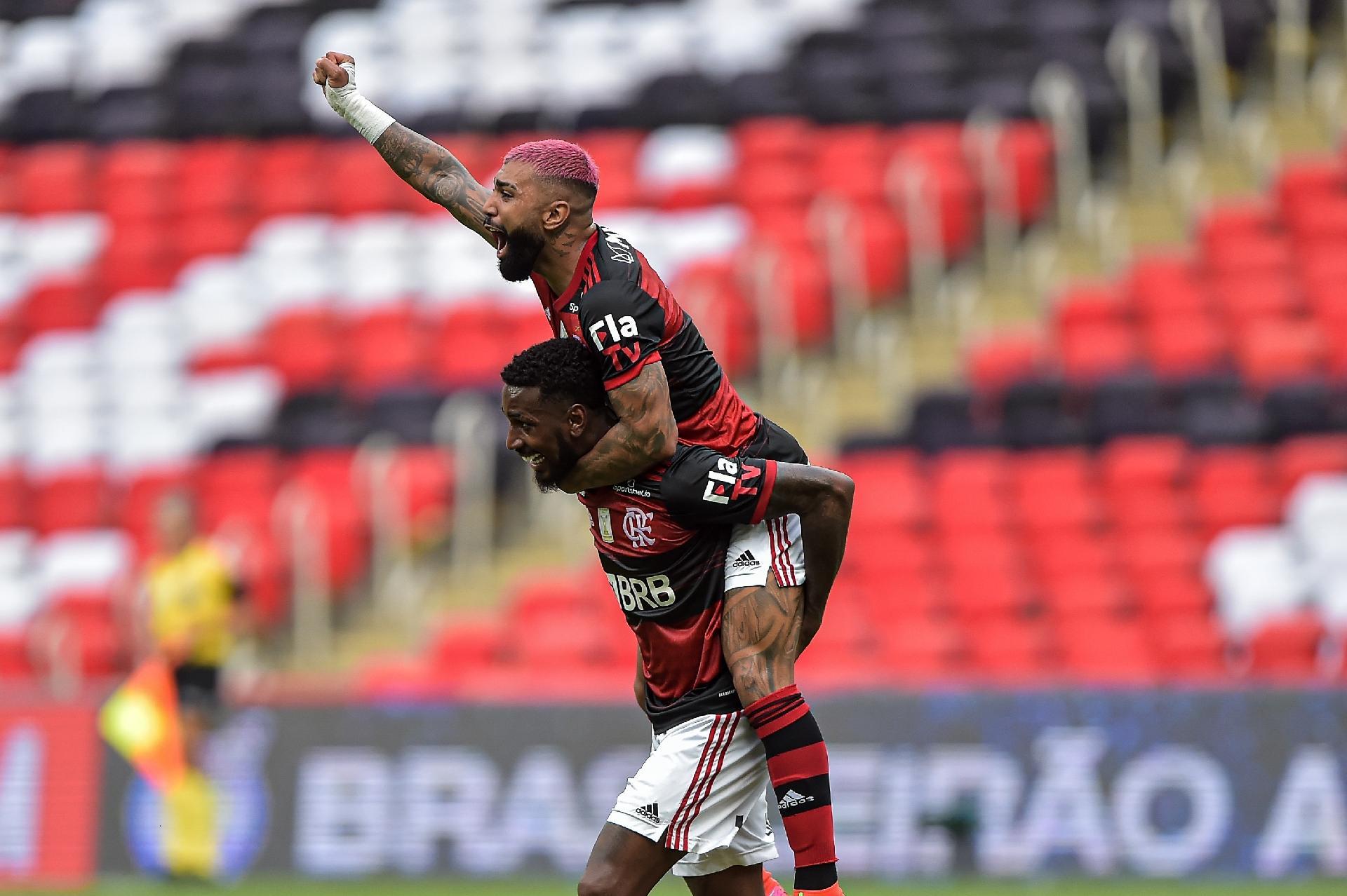 Palmeiras e Flamengo se estruturaram e não deixaram taça para ninguém, diz jornalista