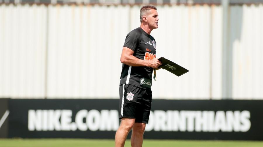 Mancini trabalha junto com a diretoria para definir as dispensas do Corinthians o mais breve possível  - Rodrigo Coca/ Ag. Corinthians