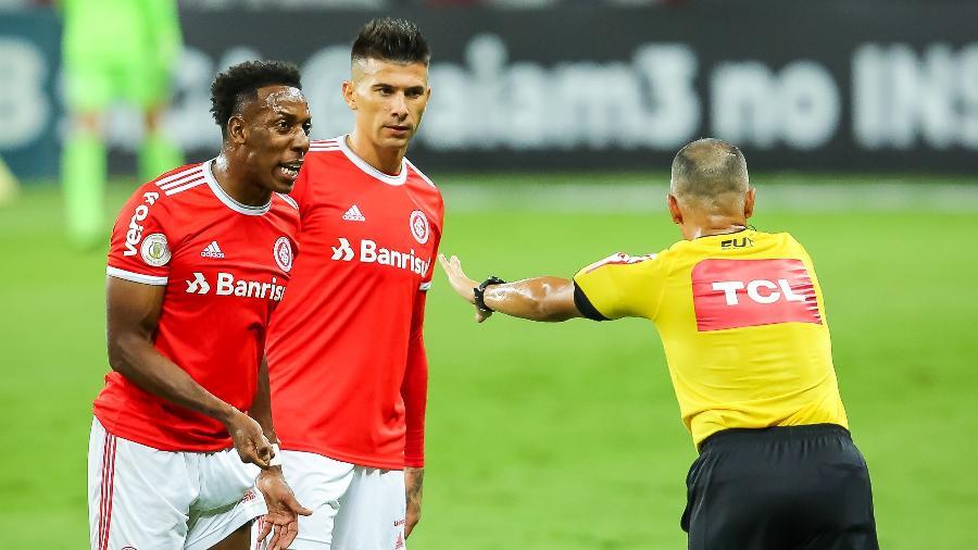 Wilton Pereira Sampaio durante partida entre Inter e Corinthians no Beira-Rio - Pedro H. Tesch/AGIF