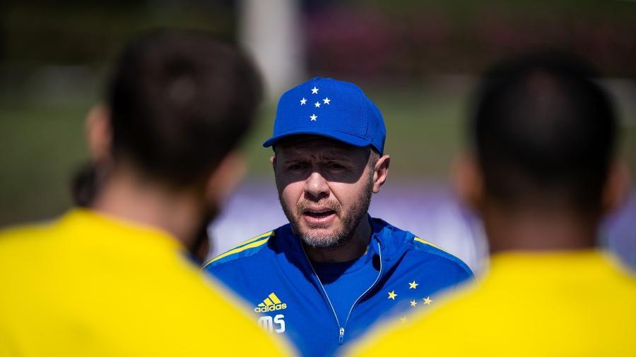 Novo técnico do Cruzeiro chegou há menos de uma semana em MG e trabalha por novo estilo de jogo na Raposa - Bruno Haddad/Cruzeiro