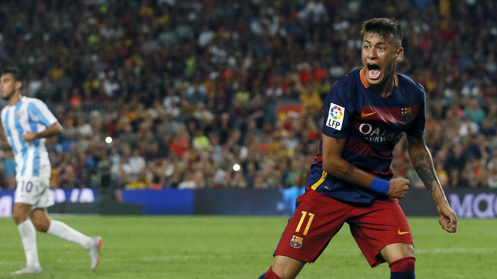 O atacante Neymar durante jogo contra o Málaga