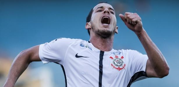 Camisa do Corinthians fará menção à operadora de celular do clube